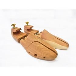 Pernito entero de madera